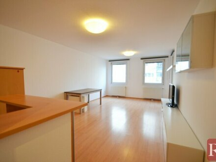 Ihr neues Zuhause! - schöne 4 Zimmer Wohnung mit Loggia