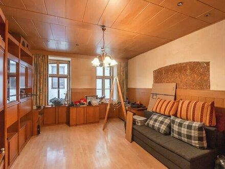 ++NEU** Sanierungsbedürftige 2-Zimmer ALTBAUwohnung in guter, gefragter Lage! *Videobesichtigung*