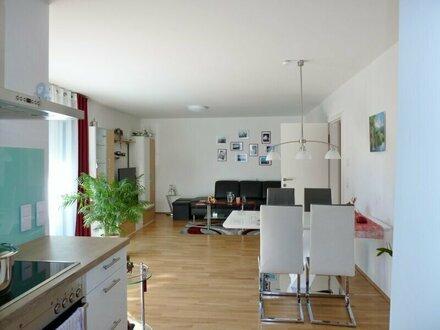 Neuwertig! Schöne 3-Zimmer-Gartenwohnung in Toplage Nonntal