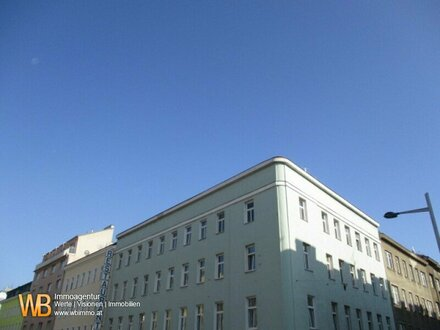 Zinshaus in 1100 Wien mit Rohdachboden!
