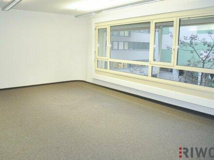 250m² Büro/Praxis in einem Bürohaus mit moderner Architektur!