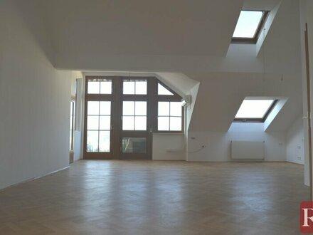Perfekte Dachgeschoßwohnung mit Terrasse