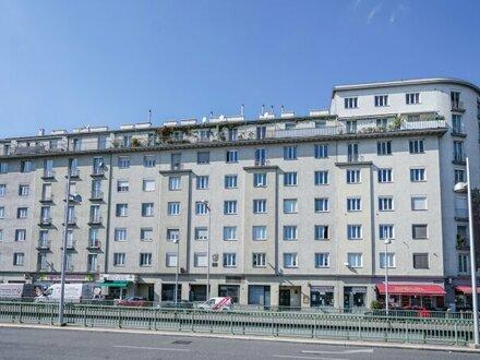 Renovierungsbedürftige Wohnung mit toller Infrastruktur