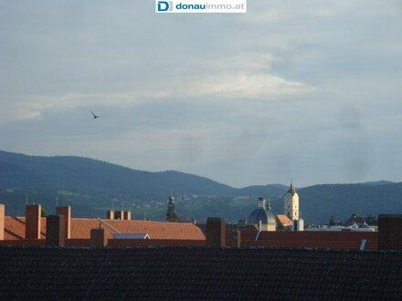 Schicke 2 Zimmer Mietwohnung (Maisonette) mit 3 Loggien nähe Campus und Zentrum von Krems zu vermieten