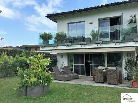 Moderne Doppelhaushälfte in St. Lorenz/Mondsee