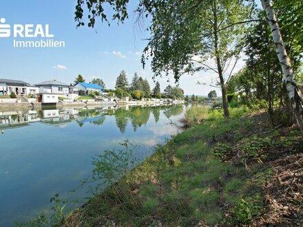2434 Götzendorf an der Leitha, Bieterverfahren - Zwei traumhafte Grundstücke am Badeteich inkl. Bungalow!
