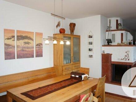 Sehr schöne 2 stöckige Wohnung mit Wintergarten