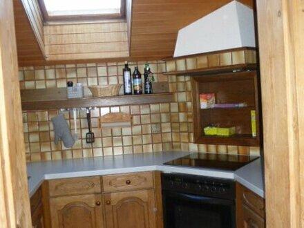 Preisgünstige Dachgeschosswohnung in Obertrum