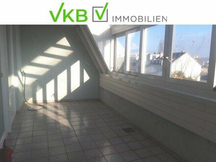 140m² Dachgeschoßwohnung mit Wintergarten, Loggia und Tiefgaragenplatz nahe Stadtzentrum!