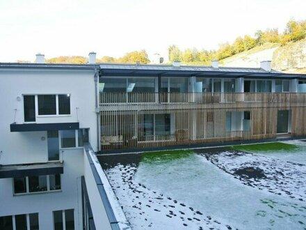 Architektonisch hochwertige 1,5 Zimmer-Wohnung im Stadtteil Riedenburg
