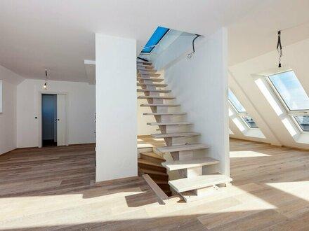 Provisionsfrei: Moderner Dacherstbezug mit Terrasse, toller Fernblick