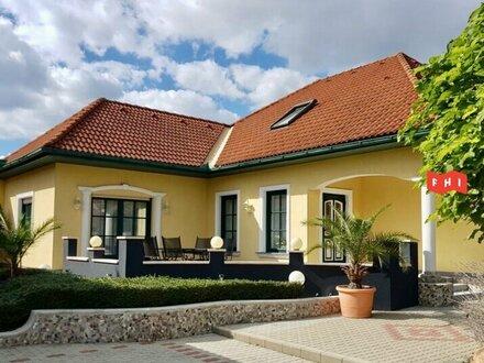 Perfekt ausgestatteter Familiensitz mit 7 Zimmern