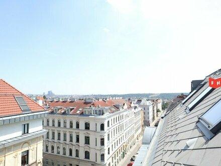 Neu sanierte Dachgeschosswohnung mit Ost-Terrasse und Gloriette-Blick