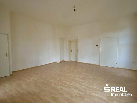 Großzügige 2-Zimmer Wohnung in einer Villa direkt im Zentrum/Wels
