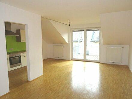 Ortszentrum Seekirchen: Geförderte 4 Zimmer Mietwohnung mit Balkon!