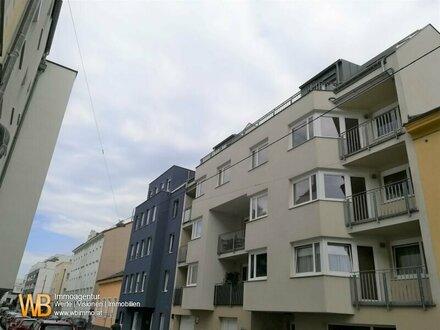 Exklusive und im ruhigen Innenhof gelegene 2 Zimmer im DG mit Balkon im Herzen von Stadlau!