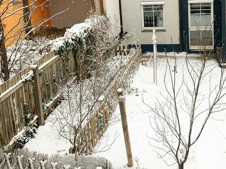 Nette 2 Zimmer-Wohnung mit Terrasse und Garten