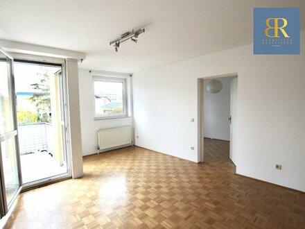 2 Zimmer Wohnung + 14 qm Balkon + TG-Platz