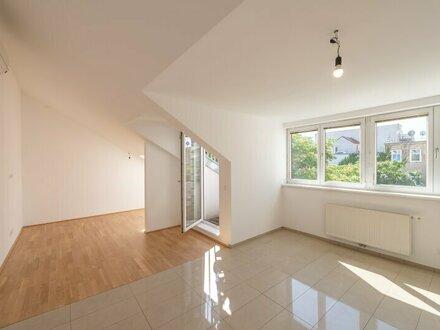 ++NEU** Nette 1-Zimmer DG-Wohnung mit Dachterrasse und Weitblick!
