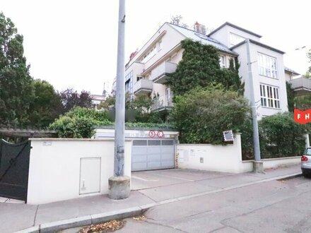 Helle, großzügige Wohnung mit zwei Balkonen