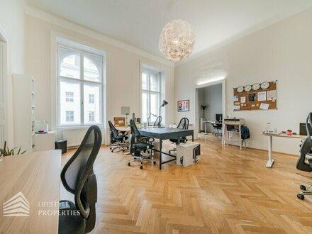 Vornehme 5-Zimmer Wohnung mit Balkon, Nähe Börse