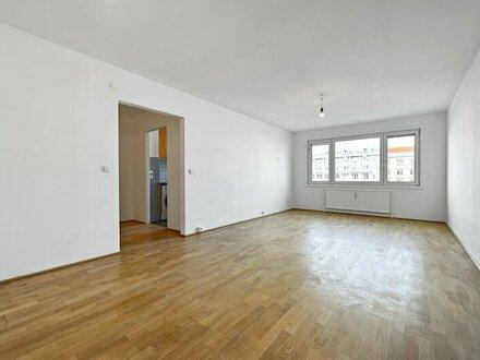 3 Zimmer Wohnung - Neubau- sanierungsbedürftig beim Naschmarkt