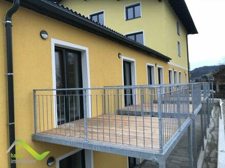 Starter- oder Anlage- 2 Wohnungen bis 50m2 mit Balkon, Küche und Parkplatz
