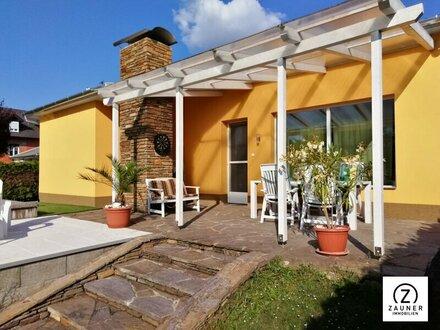 GRAMATNEUSIEDL - Komplett neu renovierter Bungalow mit großen Garten und Pool