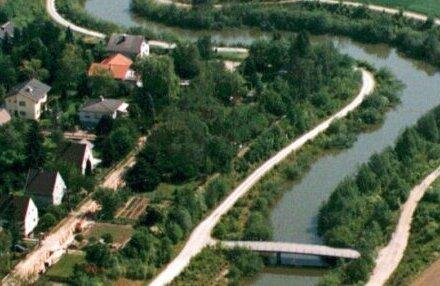 Sonniges Grundstück nahe dem Marchfelderkanal
