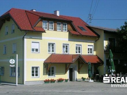 Ehemaliges repräsentatives Gasthaus in Waldkirchen am Wesen