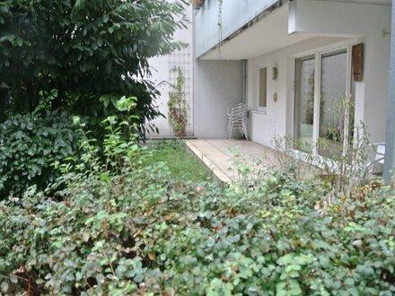 Großzügige Gartenwohnung mit optimaler Anbindung!