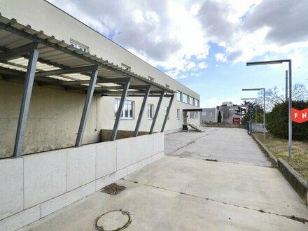 Betriebsliegenschaft mit multifunktionaler Lagerhalle im Industriegebiet Oberlaa