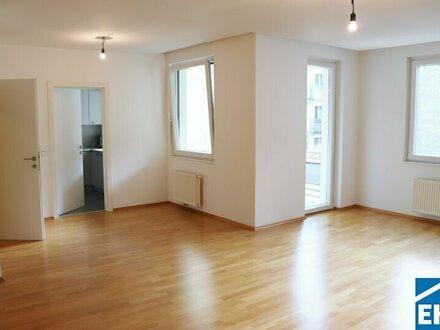 Lichtdurchflutete 3 Zimmerwohnung in guter Lage