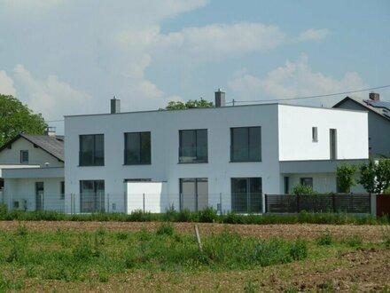 Traumhaftes Haus - tolle Ausstattung - hoher Wohnwert