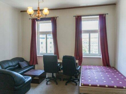 Singlewohnung, Ein-Zimmer Wohnung Nähe U6 Dresdner Straße!