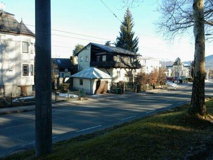 """Einfamilienhaus mit Nebengebäude """"Ihr neues Zuhause im beliebten Stadtteil Morzg - Thumeggerbezirk"""""""