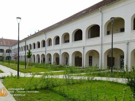 2 Zimmer, 38m² WFL + Terrasse mit Ausblick in den Arkadenhof
