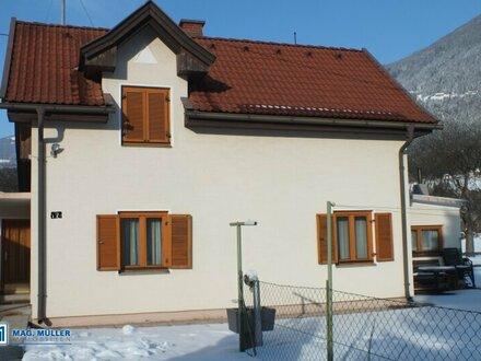 Kleines Wohnhaus ca. 75 m² Wohnfläche mit einem schönen Grundstück für die Erweiterung