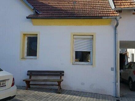 ***RESERVIERT***Wohnhaus im Vierkanthof: 6 Wohneinheiten in Loipersdorf nahe Fürstenfeld