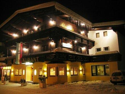Solides Tiroler Wohnhaus mit vielseitiger Nutzung und traumhaftem Bergblick im Ortszentrum von Kirchberg