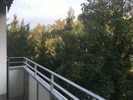 Familien- / WG-geeignete 5 Zimmerwohnung mit Loggia - PROVISIONSFREI für den Mieter - Natur pur an der Glan