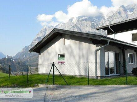 Für Anleger! Neuwertige 3-Zimmer-Hausetage im Bungalowstil mit Panoramablick