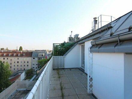 Helle Maisonette-Wohnung mit Terrasse