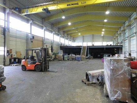Große Halle + Anbauhalle Nähe Oberwart zu verkaufen