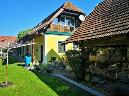 Großes Anwesen, Heimatmuseum mit Schenke und modernem Wohnhaus im Bezirk Hartberg