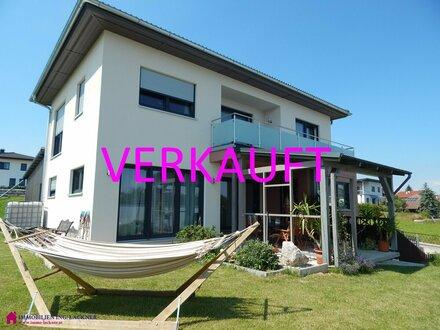 Ein Lebenshaus im Grünen zwischen Salzburg und Braunau
