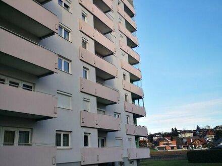 Eigentumswohnung mit Balkon in ruhiger Lage (63,84 m²), kann auch gemietet werden.