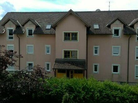 Freundliche ca. 82 m² Mietwohnung mit Balkon in Eberstein