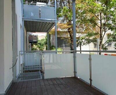 EUM - Hofruhelage! Altbauwohnung mit Balkon und Eigengarten