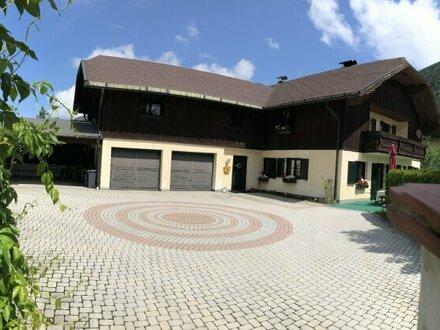 Großzügiges Landhaus mit Einliegerwohnung - Hintersee